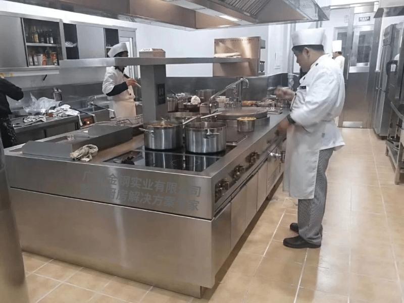 电磁炉连扒炉厨房案例A